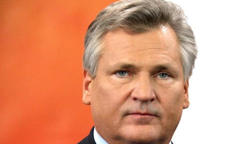 Kwaśniewski: Namawiałem prezydenta do przeniesienia krzyża