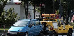 Firma odholowująca auta w Warszawie zarobiła 3,5 mln