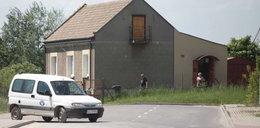 Polski absurd! Dom na środku drogi