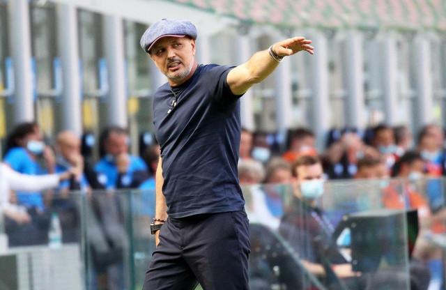 Siniša Mihajlović na meču Inter - Bolonja