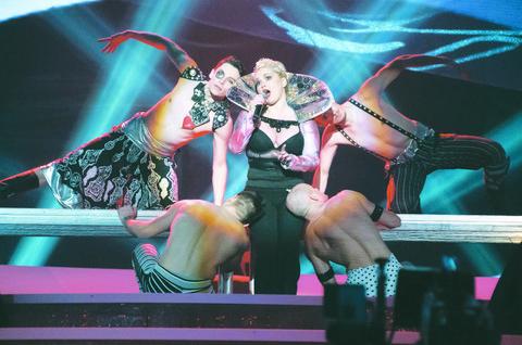 Javnost šokirana uvredama koje je Maja iznela na račun Ivane Peters: Nisi na A listi pevača, nemaš nijednu nagradu!