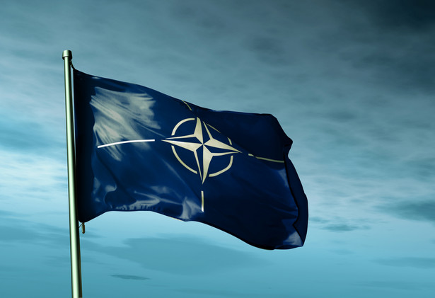 """""""Stany Zjednoczone z pewnością popierają Komisję NATO-Ukraina. Nalegaliśmy i nadal będziemy nalegać na Węgry, aby się temu nie sprzeciwiały. To jest ważne"""" - podkreśliła amerykańska ambasador na briefingu prasowym w Brukseli we wtorek, w przeddzień spotkania ministrów obrony Sojuszu Północnoatlantyckiego."""