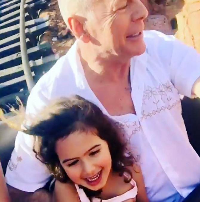Glumac Brus Vilisa sa ćerkom Mejbel Rej