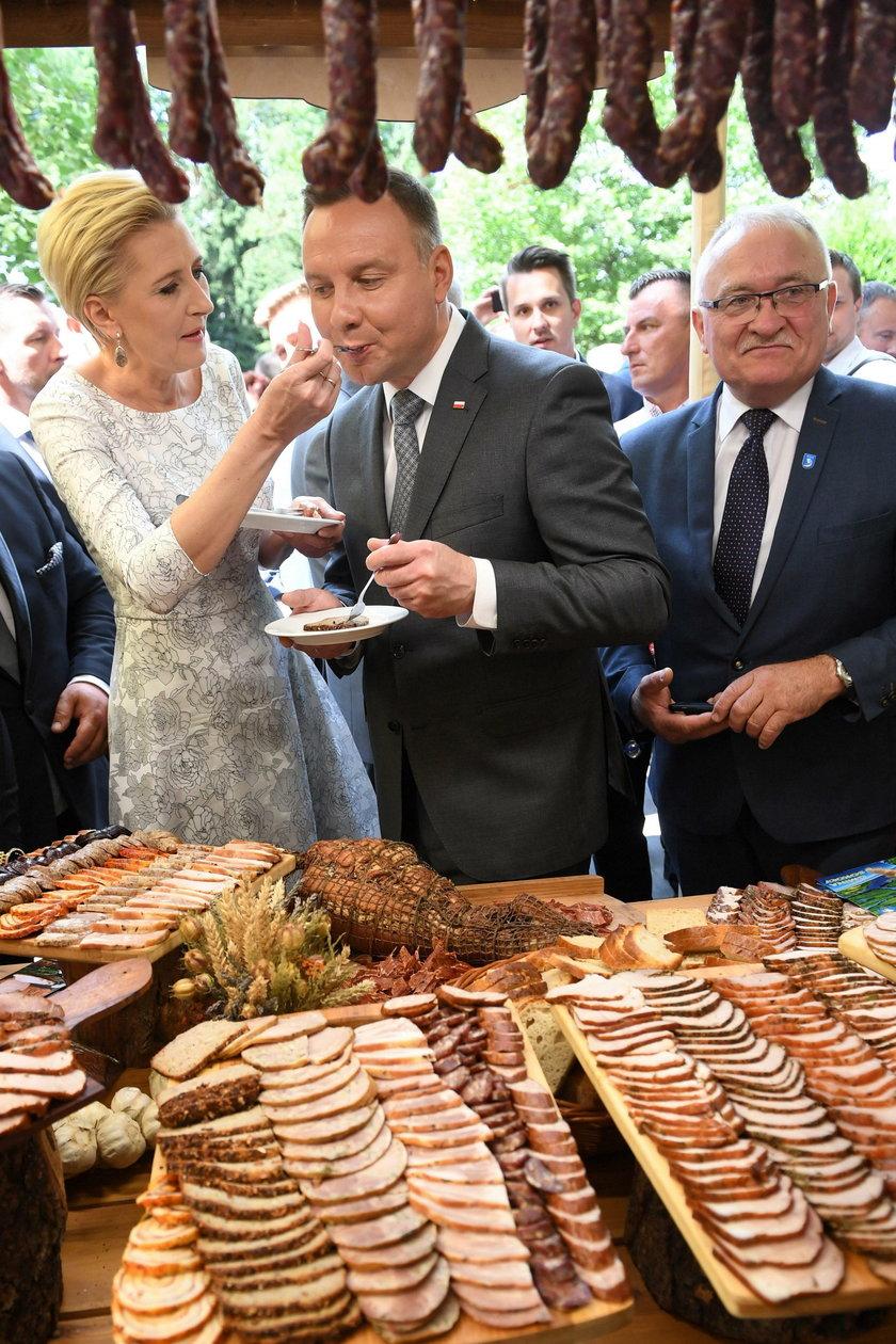 Prezydent Andrzej Duda wraz z małżonką podczas uroczystej gali AgroLigi