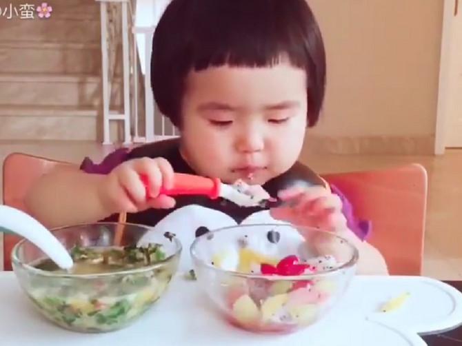 Snimak devojčice kako jede je 2016. postao svetski hit