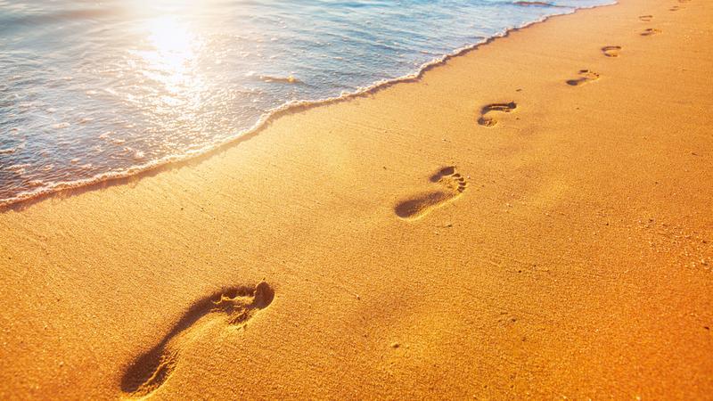 Spokój na pustej plaży
