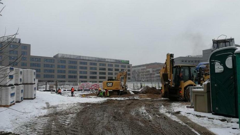 Nowe centrum handlowe we Wrocławiu. Trwa budowa