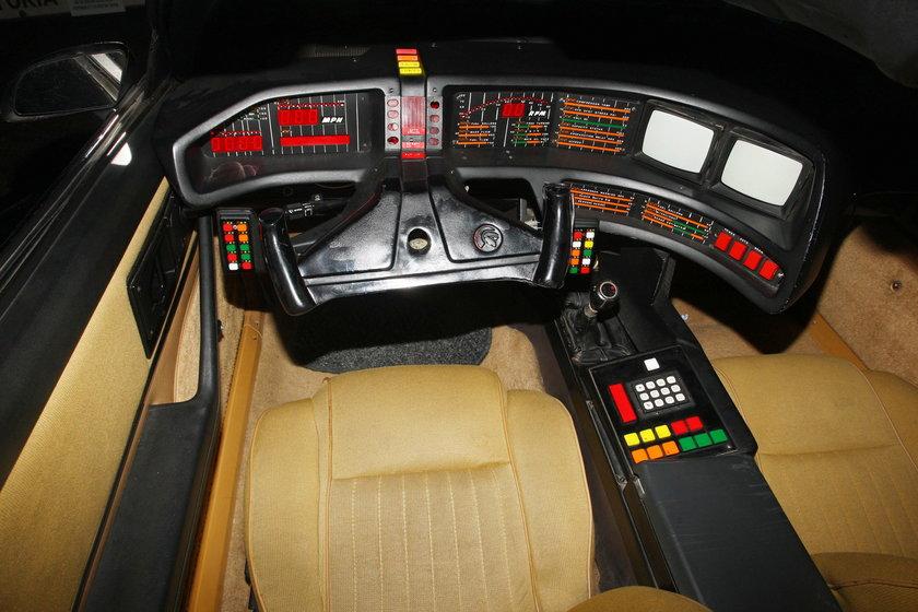 Wnętrze Pontiaca Firebird Trans Am KITT