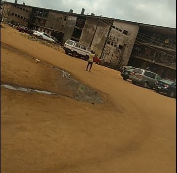 A block of dilapidating residential facility for police officers at Olosan in Mushin (Pulse)