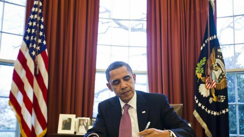 Obama: USA są oburzone. Kadafi musi odejść