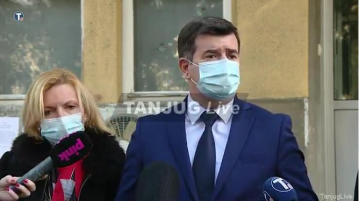Screenshot 2020-12-22 Uživo - Izjava za medije povodom dopremanja Fajzerove vakcine u Srbiju(1)