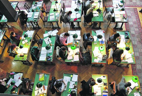 Na žeravici: Studenti će morati da sačekaju na konačnu odluku