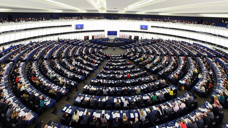 W komisji wolności obywatelskich Parlamentu Europejskiego w Strasburgu odbyła się w poniedziałek debata na temat praworządności w Polsce, na Węgrzech i na Malcie. Europosłowie PiS bronili reform wymiaru sprawiedliwości w Polsce, natomiast europosłowie PO i opozycji krytykowali je.