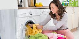 Jak robić pranie, by być eko? Wyjaśniamy, na czym polega pranie bezfosforanów