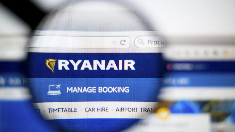 Ryanair znosi opłatę za zmianę rezerwacji w październiku i listopadzie