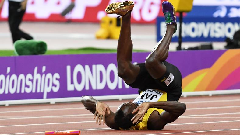 Usain St Leo Bolt urodził się 21 sierpnia 1986 roku w regionie Trelawny na Jamajce. Jego pierwszą miłością był krykiet, ale sukcesy zaczął odnosić w sprincie. Wielka kariera zaczęła się w 2002 roku. W mistrzostwach świata juniorów zaledwie 15-letni Jamajczyk wygrał wynikiem 20,61 bieg na 200 m. Nikt wcześniej w tym wieku nie zwyciężył w zawodach 19-latków. Ten sukces powtórzył rok później, ale w swojej kategorii wiekowej. Złoto dał mu wynik 20,40.