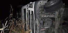 Pijany kierowca tira wywrócił swoje auto!