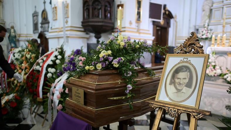 Msza żałobna w intencji aktora Wiesława Gołasa w kościele pw. św. Karola Boromeusza na warszawskich Starych Powązkach