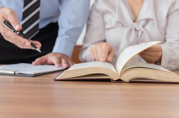 Idea, wzorowana na akcji prowadzonej we Francji, narodziła się w 2010 r. Notariusze przybliżali dotychczas kwestie dziedziczenia, sporządzania testamentów, zabezpieczania majątku, nieruchomości i ksiąg wieczystych oraz przekazywania majątku.