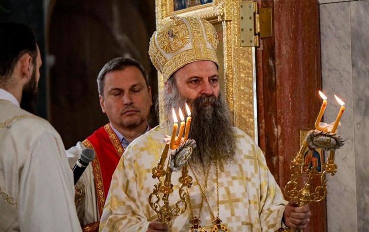 Porfirije prva liturgija