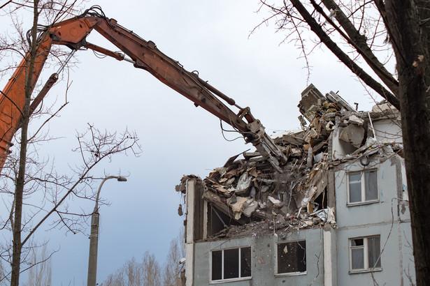 Rozbiórka domu, wyburzenie