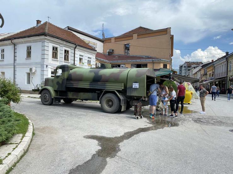 Ivanjica 01 - Cisterne sa vodom -