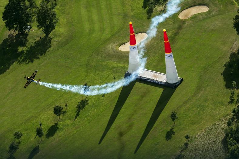 Red Bull Air Racew Ascot - Nigel Lamb