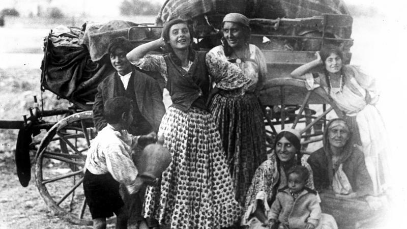 Rodzina cygańska (1919-1939)