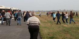 Lądowanie na Okęciu. Mamy zdjęcia zrobione przez pasażera. FOTO
