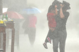 Novi Sad 186 Kisa provala oblaka nevreme foto Robert Getel