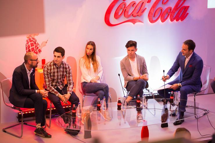Coca-Cola mladima panel sa ucesnicima programa  (1)