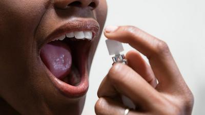 5 raisons pour lesquelles votre haleine sent mauvais