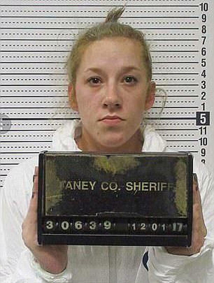 Bailey Boswell (25 l.)