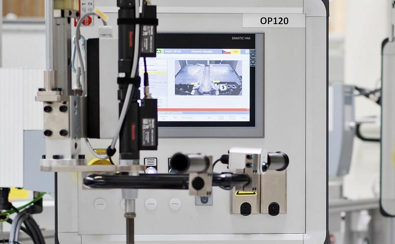 Skoda produkuje akumulatory do samochodów z napędem hybrydowym typu plug-in