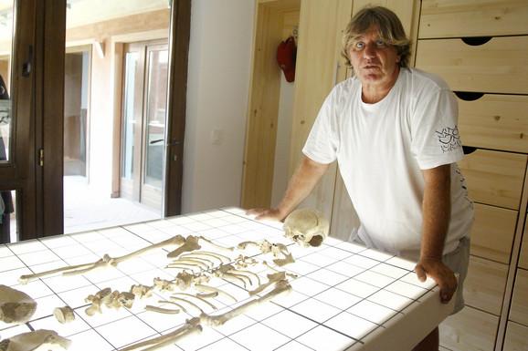 Arheolog dr Miomir Korać,direktor Arheoloskog projekta Viminacijum
