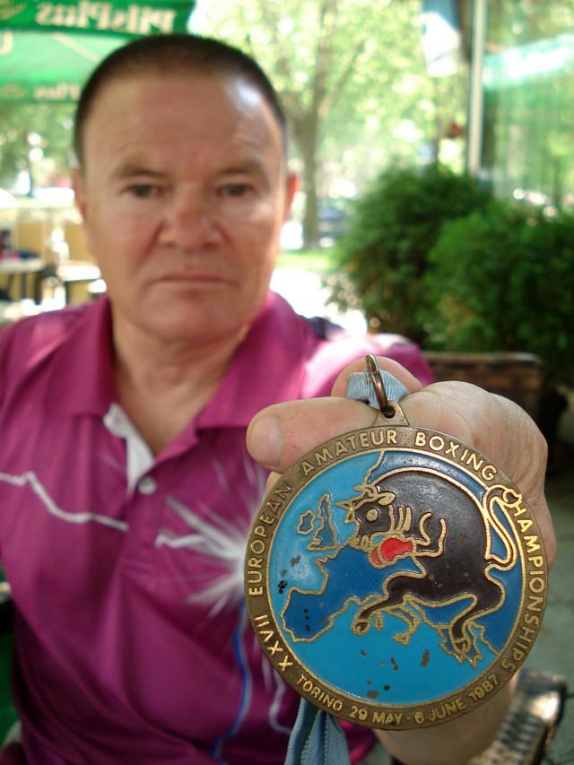 Dragan Živadinovic Senta sa  medaljom sa Evropskog prvenstva u Torinu