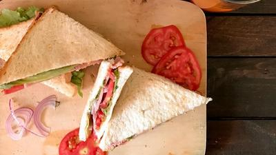 They don't come easier than this, the Pulse 10-minute, no-stress Sandwich