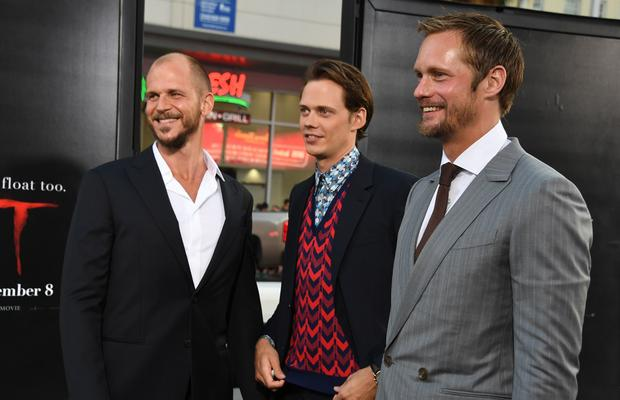 Bill Skarsgård z braćmi: Gustawem i Alexandrem