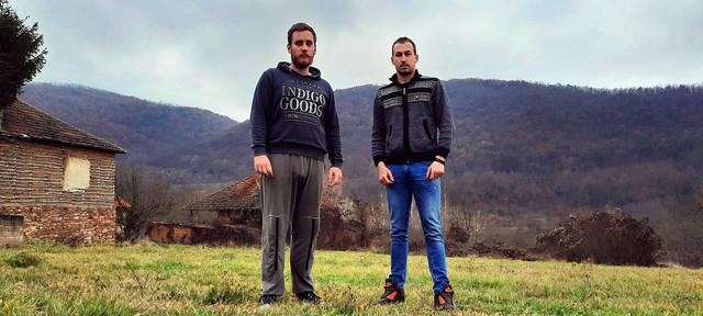 Milan i Stefan, Donji Barbeš