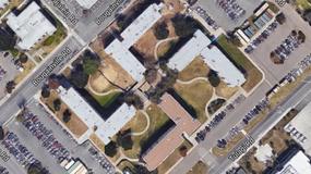 Budynek, który ma kształt swastyki