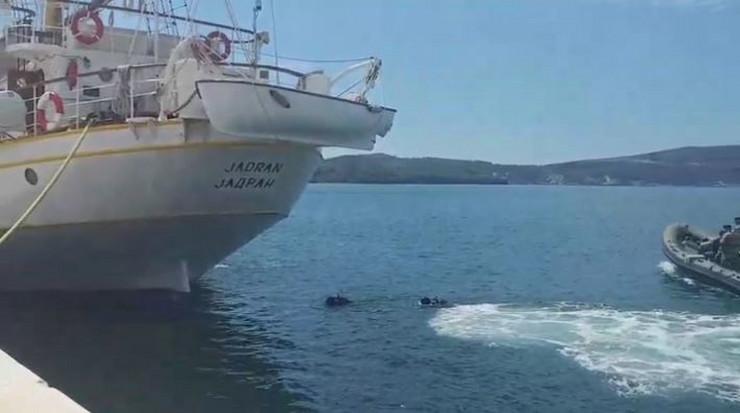 """Droga pronađena na školskom brodu """"Jadran"""""""