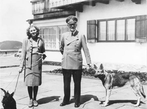 Hilter i Eva Braun