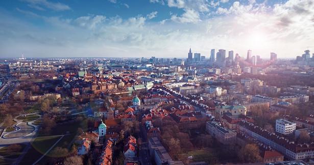 Sąd utrzymał natomiast decyzje w sprawach: Czerskiej 3, Pięknej 49, Krakowskiego Przedmieścia 35 i Mokotowskiej 39, Borzymowskiej 34/36, Koszykowej 49a i Nowogrodzkiej 46.