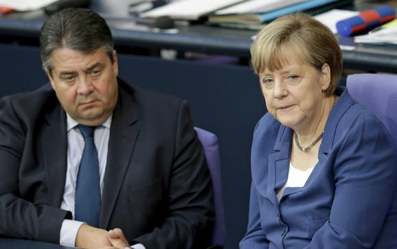 Zigmar Gabrijel i Angela Merkel