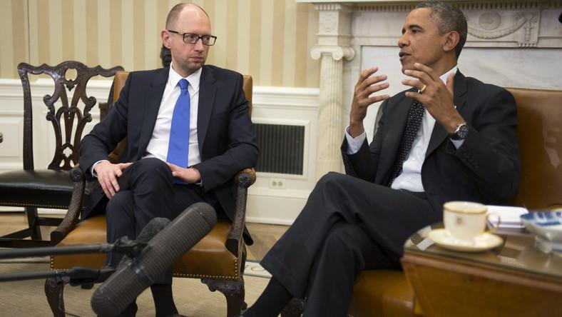 Obama po spotkaniu z Jaceniukiem grozi Kremlowi