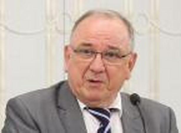 Jerzy Kozdroń, radca prawny, były wiceminister sprawiedliwości odpowiedzialny za projekt prawa restrukturyzacyjnego, wiceprzewodniczący Trybunału Stanu