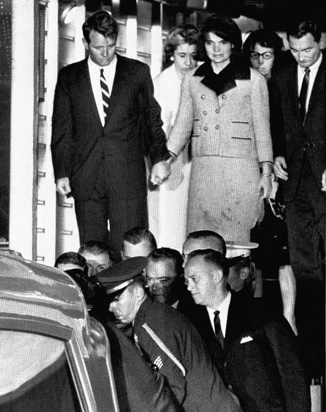Džeki i Robert Kenedi na dan ubistva Džona Kenedija