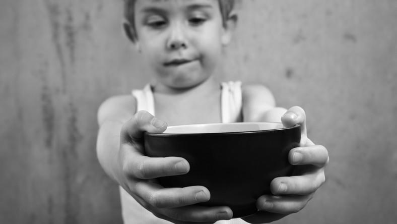 Z powodu niedożywienia co czwarte dziecko na świecie może mieć problemy z czytaniem, pisaniem i liczeniem