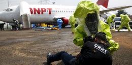 Terroryści użyją broni chemicznej? Mają kombinezony