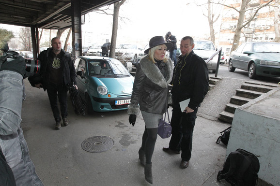 Jadranka Joksimović stiže na sednicu Predsedništva